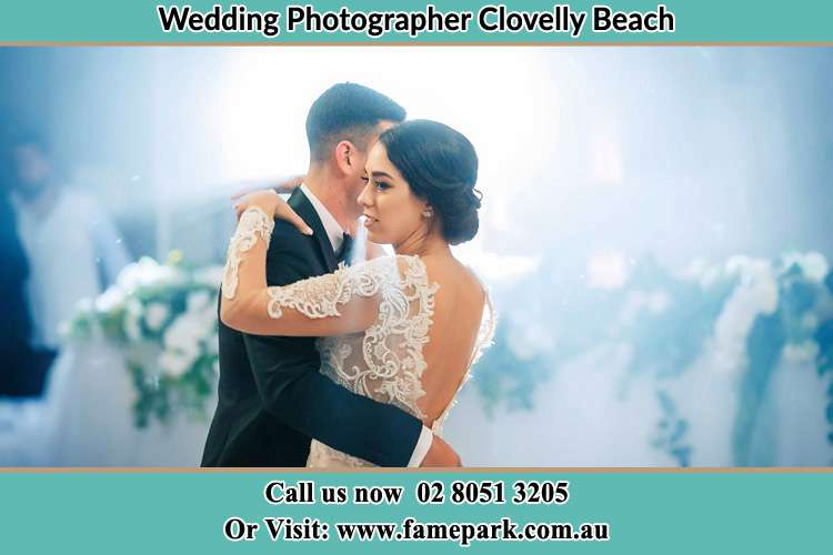 Photo of the Groom and the Bride dancing Clovelly Beach NSW 2031