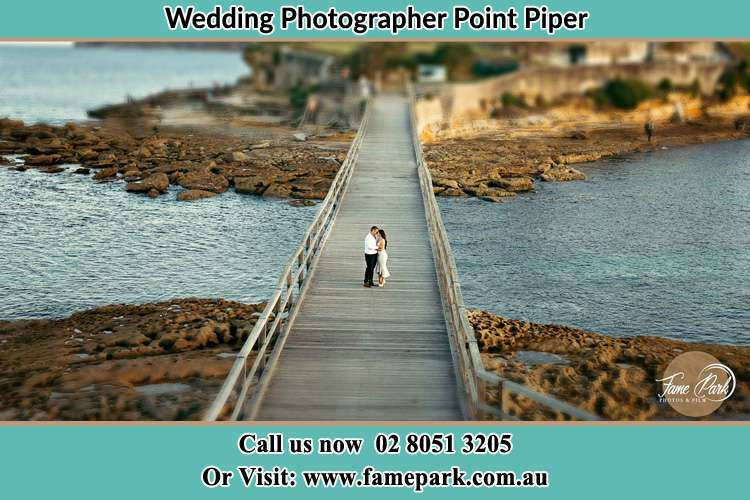 Photo of the Groom and the Bride at the bridge Point Piper NSW 2027